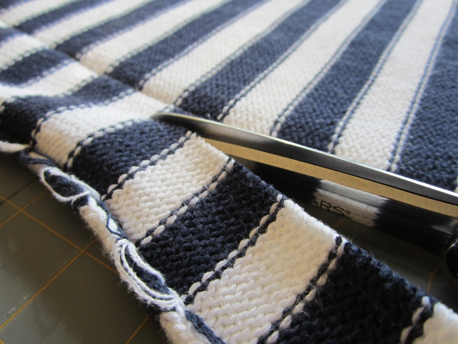 striped sweater 013