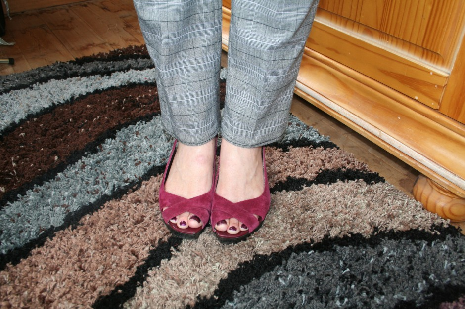 creating skinny trousers from wide legs shoes
