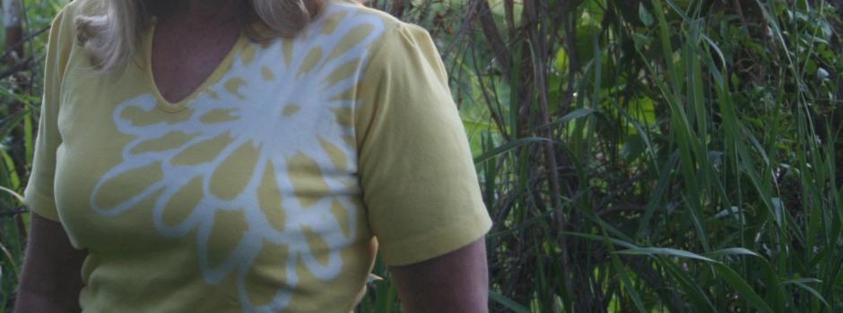 DIY Bleach Pen Design T Shirt 3