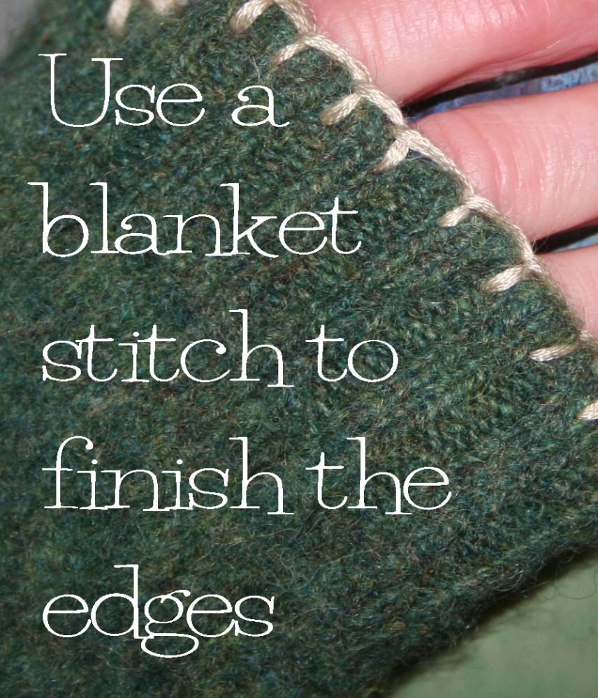 Fingerless mittens from an old felted sweater (6/6)