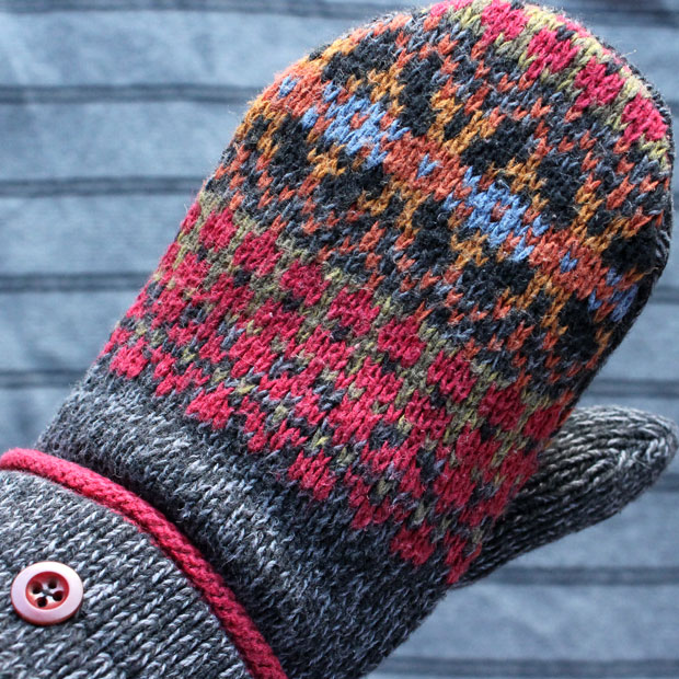 Sweater mitten refashion by The Renegade Seamstress