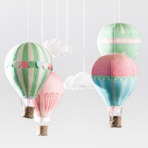 pink_balloon_petals