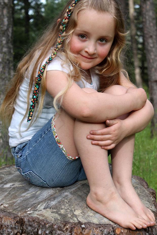 Brooke-sitting-on-the-log