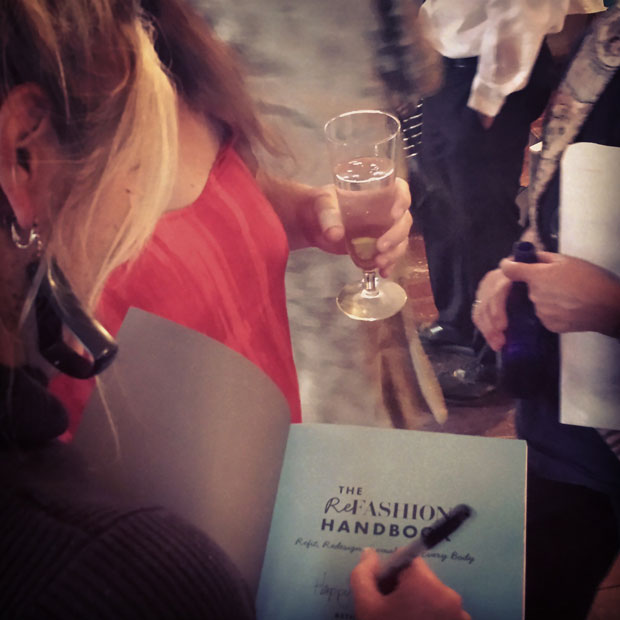 The-Refashion-Handbook-autographs