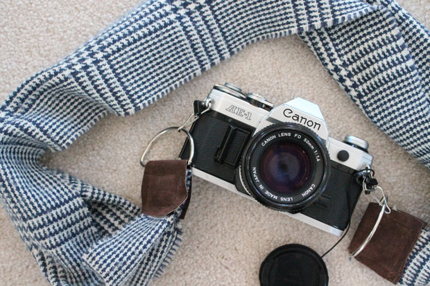 winter-scarf-camera-strap-after