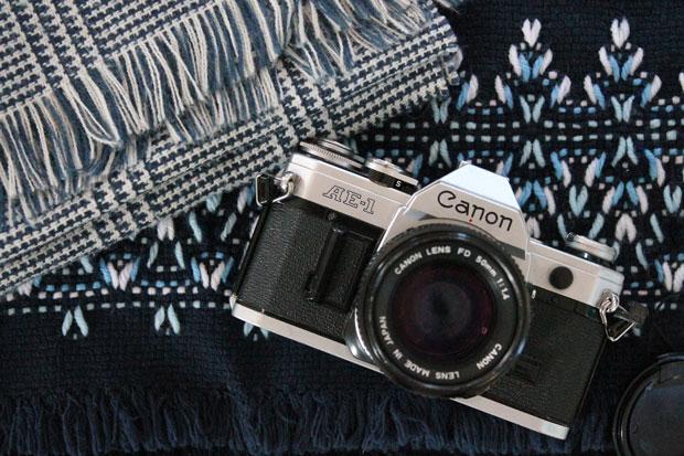 winter-scarf-camera-strap-materials