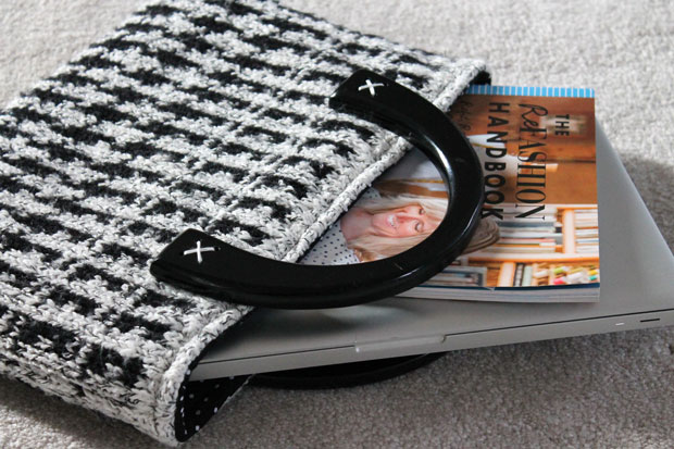 winter-sweater-tote-laptops-and-books
