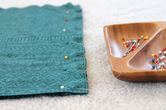 pencil-skirt-pin-seam