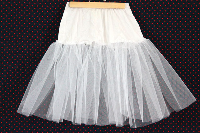 Crinoline-first-layer