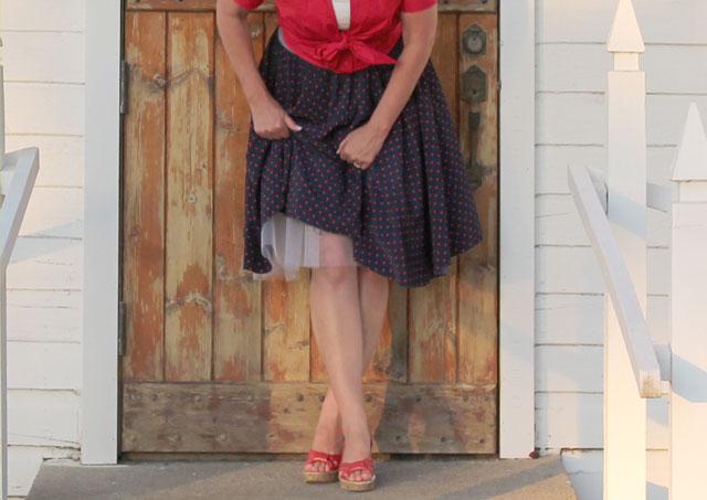 Crinoline-under-skirt