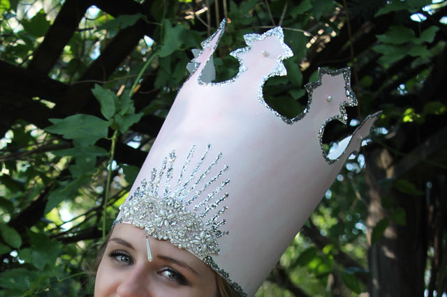 Glinda-the-Good-Witch-Crown-after