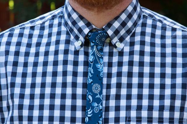 skinny-tie-close-up