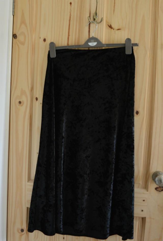 black velvet skirt refashion