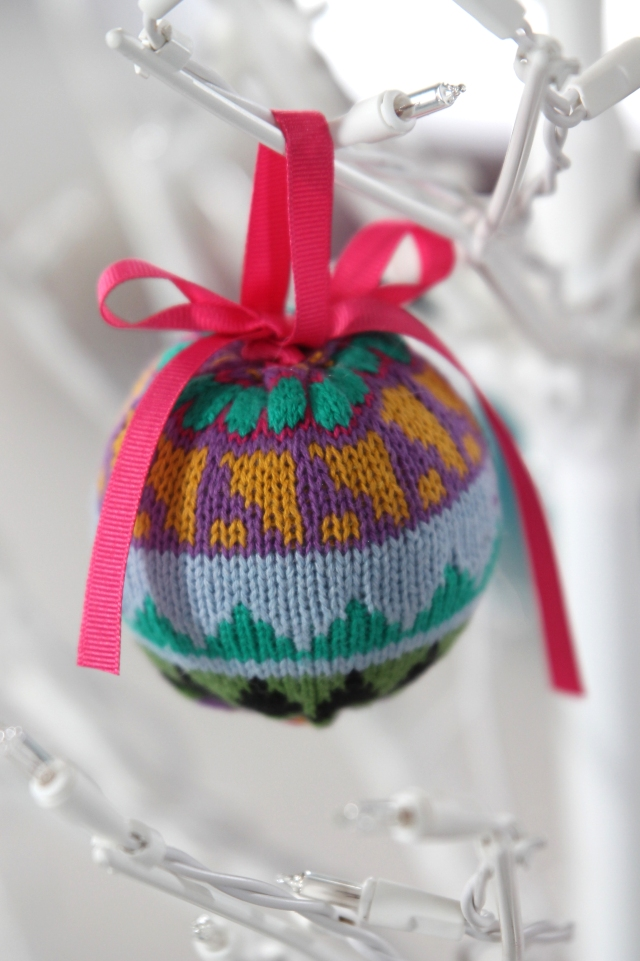 sweater-ornament-3