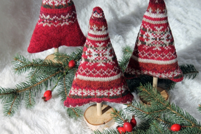 finished-sweater-trees