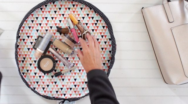 DIY round drawstring makeup bag