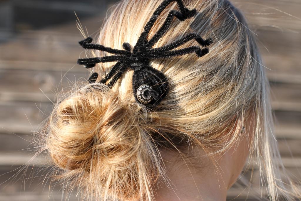 diy spider hair barrette