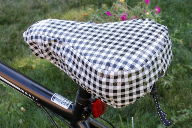 finished diy padded bike seat cover