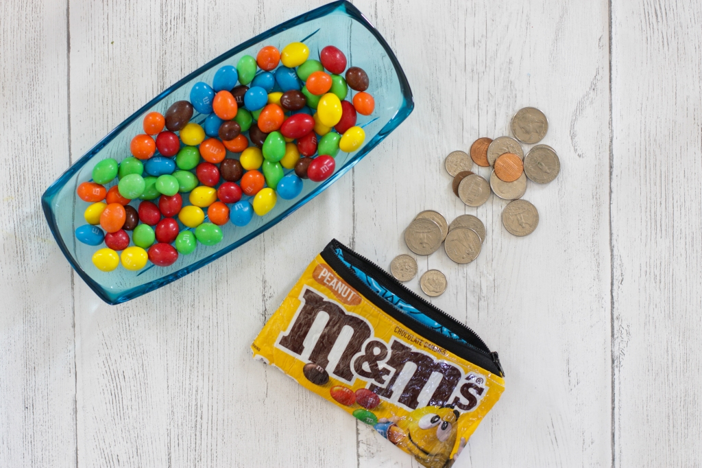 How to Turn a Candy Bag Into a Zippered Pouch