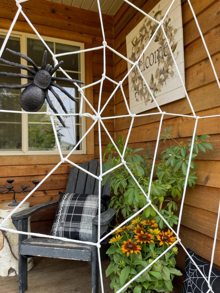 DIY Giant Spider Web Halloween Decoration
